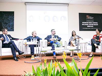 Integrating Human and Artificial Intelligence – HR Conclave 2018, Singapore