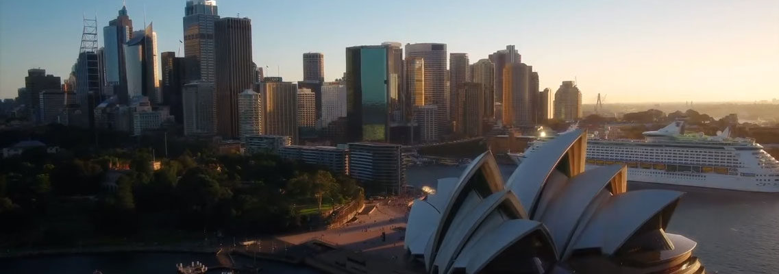 BUILDING A CAREER IN AUSTRALIA