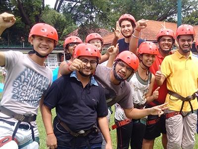 Singapore Campus – Making Team Building Fun via Outdoor Activities
