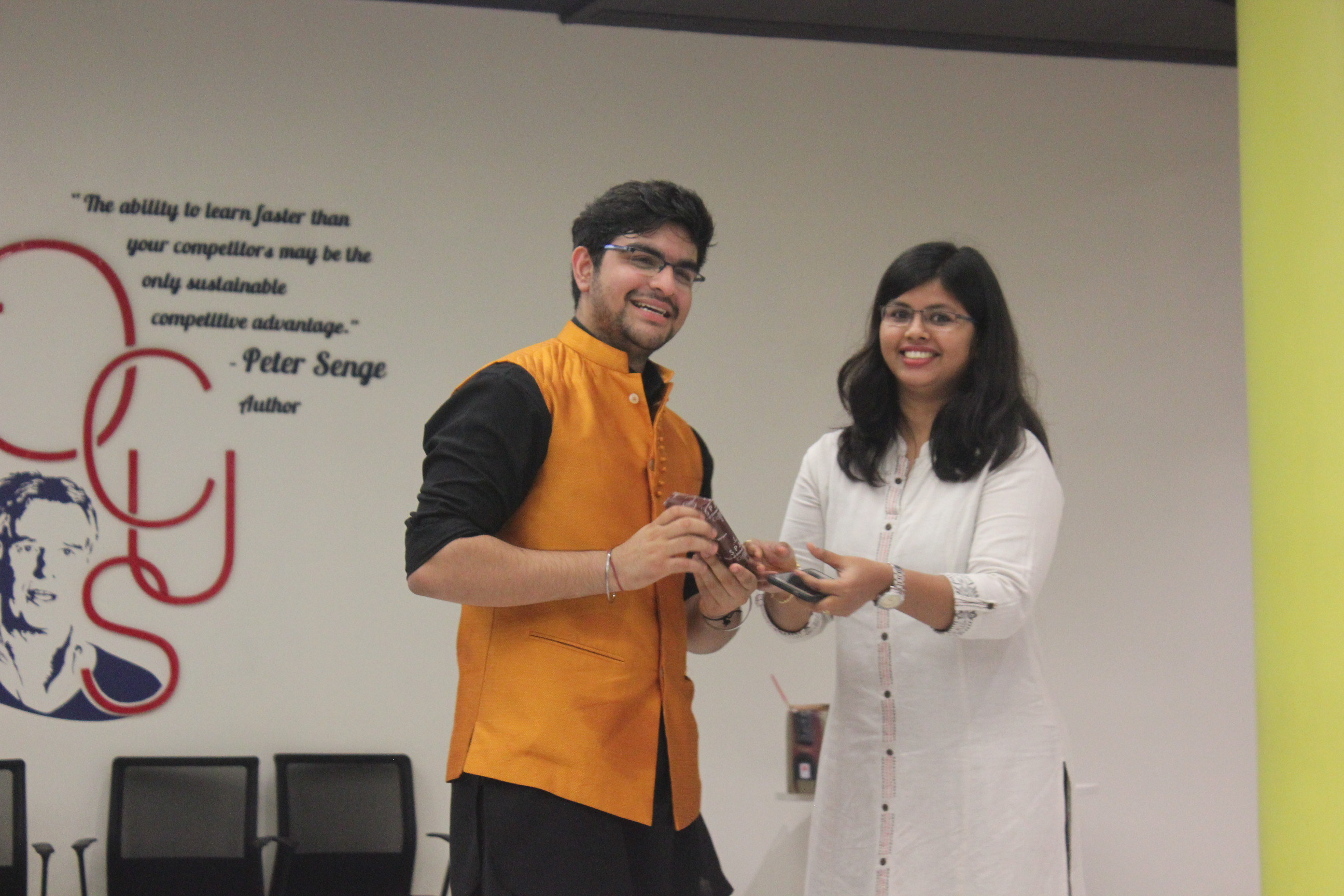 Swaying to the tunes of Navratri – BBA Jags indulge in a cultural evening at Mumbai