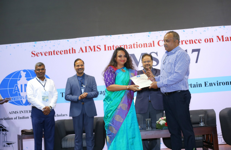 SP Jain's Dr Smitha S Ranganathan wins the AIMS International Outstanding Young Management Teacher Award