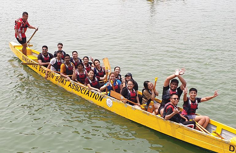 Dragon Boat Racing: A unique cultural experience so 'oar-inspiring'