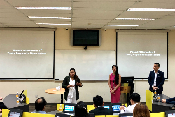 Ms Winnie Yong, Head of Marketing and Student Recruitment (Singapore) – SP Jain (centre),and Ms Diana David, Student Recruitment Manager (Singapore) – SP Jain (left), discuss scholarship opportunities
