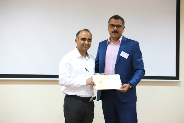 Amit Kapoor (EMBA Batch 42) was presented a certificate of participation by veteran Toastmasters TM Harish