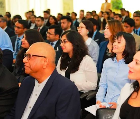 Postgraduate-students-of-the-May-2019-cohort-kick-start-their-global-journey3